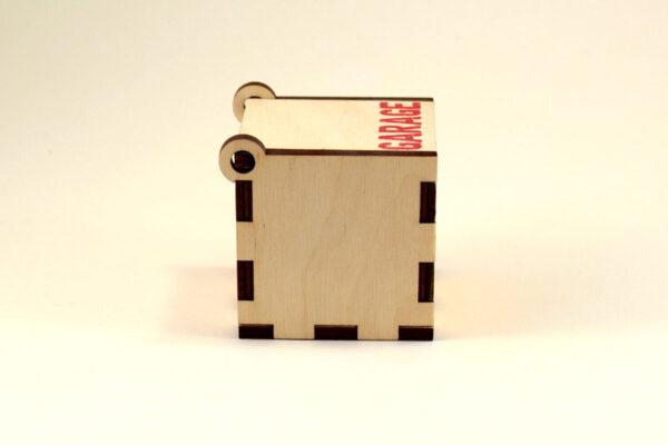 фанерная коробка с крышкой на петлях