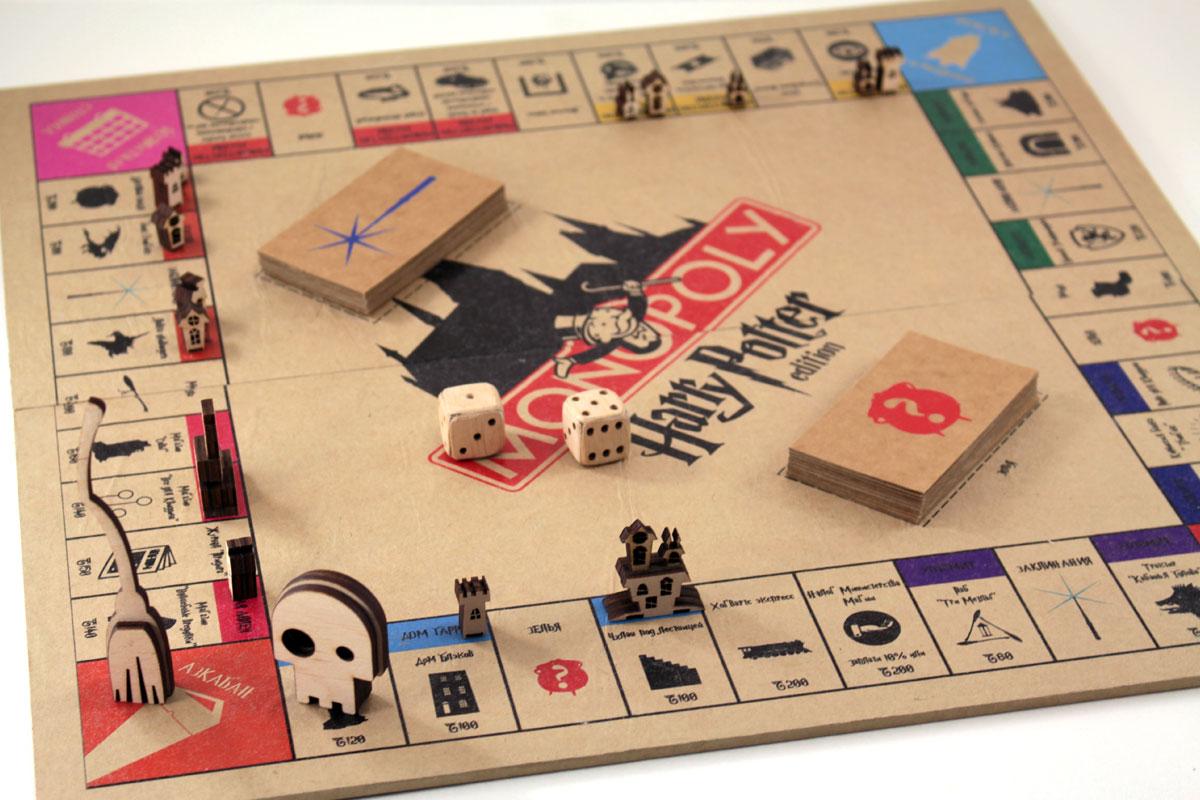 игра монополия с печатью логотипа