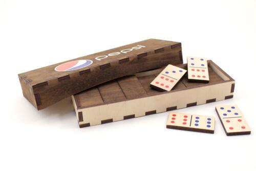 фанерная игра домино с лазерной порезкой и полноцветной печатью