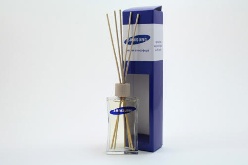 aromatizator-diffuzor-s-palochkami-i-korobkoy